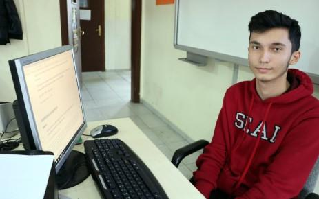16 Yaşındaki Yiğit, Apple'ın