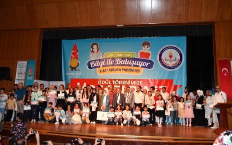 Bilgili Öğrenciler Ödülleriyle Buluştu