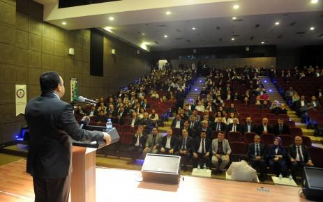 Büyükşehir'den Olumlu Çocuklar Yetiştirmek Konferansı