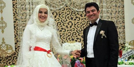 """Dr. Fatih & Dr. Merve Çifti Mutluluğa """"Evet'' Dedi"""