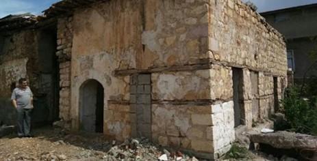 Gebeloğlu Camii ve Tekkesi İlgi Bekliyor