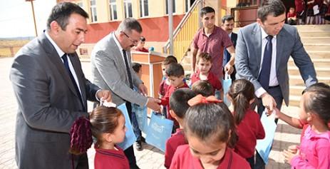 Göksun'da İlköğretim Haftası Kutlama Programı Düzenlendi