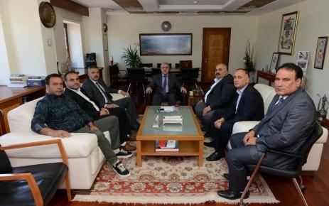 Mahalle Muhtarları Rektör Prof. Dr. Niyazi Can'ı Ziyaret Ettiler