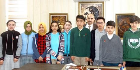 Onikişubat'ta Başarılı Öğrenciler Altınla Ödüllendirildi