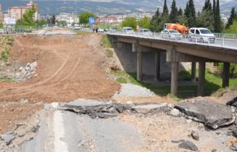 """Adnan Menderes'in Açtığı """"İstasyon Köprüsü"""" Yenileniyor"""