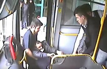 Halk Otobüslerinde Fenalaşan Yolcular Hastaneye Yetiştirildi