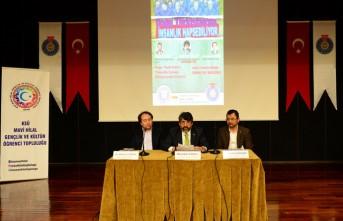 """KSÜ'de, """"Doğu Türkistan'da İnsanlık Hapsediliyor"""" Konulu Panel Düzenlendi"""