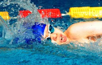 SANKO Okulları Yüzücülerinin Bayrak Yarışı Başarısı