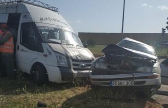 Kahramanmaraş'ta Minibüs İle Otomobil Çarpıştı: 5 Yaralı