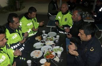 Kahramanmaraş'ta Polisler İlk Sahuru Görevlerinin Başında Yaptı