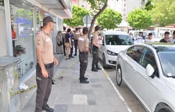 Elbistan'da Omuz Atma Kavgasında Kan Aktı
