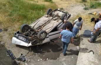Feci Kaza! Elbistan'da Otomobil Menfeze Devrildi