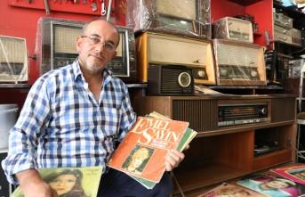 Gramofon Tamirciliğine Ömrünü Adadı