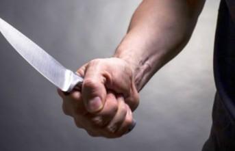 Boşandığı Eşini Bıçakladı