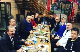 Başkan Ceyhan'dan Ankara'da Açılan Maraş Paça'ya Hayırlı Olsun Ziyareti