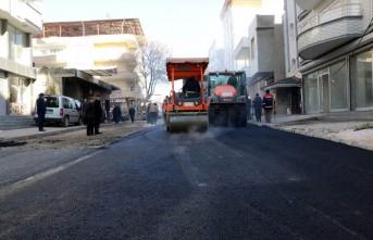 Pazarcık'ta Sıcak Asfalt Çalışmaları Devam Ediyor