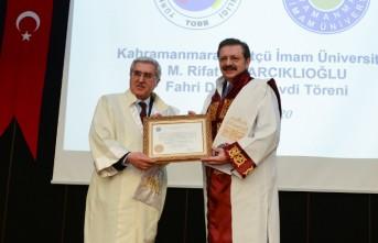 KSÜ'den TOBB Başkanı Hisarcıklıoğlu'na Fahri Doktora Unvanı