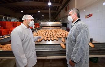 Başkan Güngör; İhtiyaç Sahibi 6 Bin Aileye Ücretsiz Ekmek Dağıtıyoruz