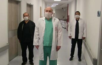 Elbistan'da Tedavisi Tamamlanan 50 Koronavirüs Hastası Taburcu Edildi