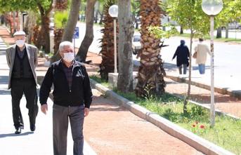 Yaşlıların Sokak Keyfi
