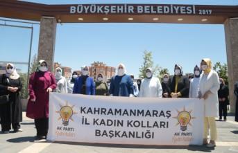 """AK Partili Kadınlardan """"Bir Kap Su Bir Kap Mama"""" Kampanyasına Destek"""