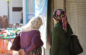Hırsızlık Yaparken Yakalanan Anne İle Kızına Maske Cezası