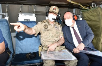 Vali Coşkun, Kale Tepe Jandarma Üs Bölgesi'nde İnceleme Yaptı