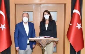 Büyükelçi Marjanne De Kwaastenıet, Vali Coşkun'u Ziyaret Etti