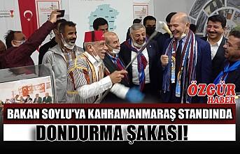 Bakan Soylu'ya Kahramanmaraş Standında Dondurma Şakası