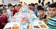 Türkiye Diyanet Vakfı, 300 Öğrenciyle