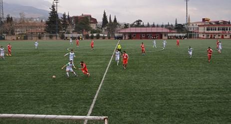 Türkoğlu Belediye Spor Play Off İddiasını Sürdürüyor