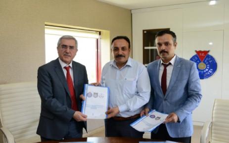 Üniversitemiz ve Şehit Erol Olçok AİHL Arasında Eğitimde İşbirliği Protokolü İmzalandı