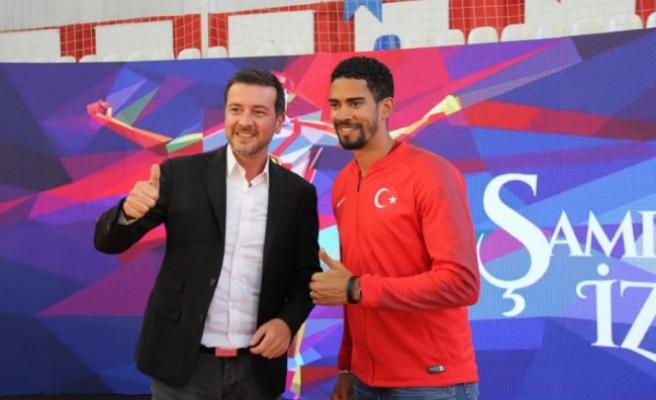 Milli Atlet Escobar Gençlerle Buluştu