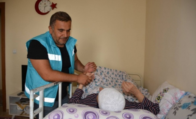 Palyatif Bakım Hastalarına Özel Evde Sağlık Ekibi Oluşturuldu