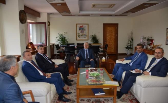 TBMM İçişleri Komisyonu Başkanı Güvenç Rektörümüz Prof. Dr. Niyazi Can'ı Ziyaret Etti