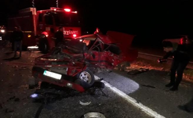 Türkoğlu'nda Trafik Kazası: 1 Ölü 2 Yaralı
