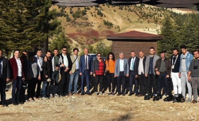 Gazeteciler Yalnız Ardıç Mesire Alanını Gezdi