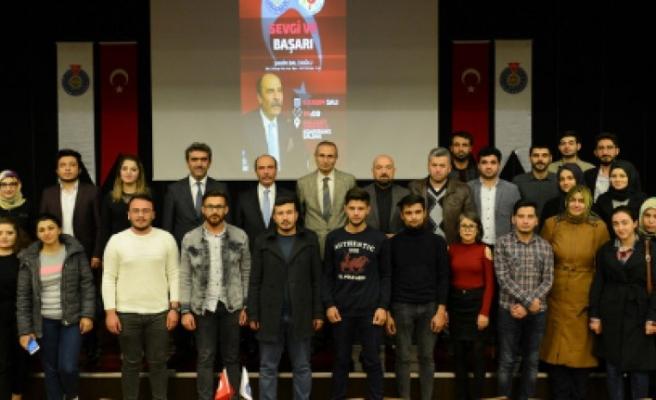 Şahin Balcıoğlu KSÜ'de Sevgi ve Başarı Konulu Söyleşi Gerçekleştirdi
