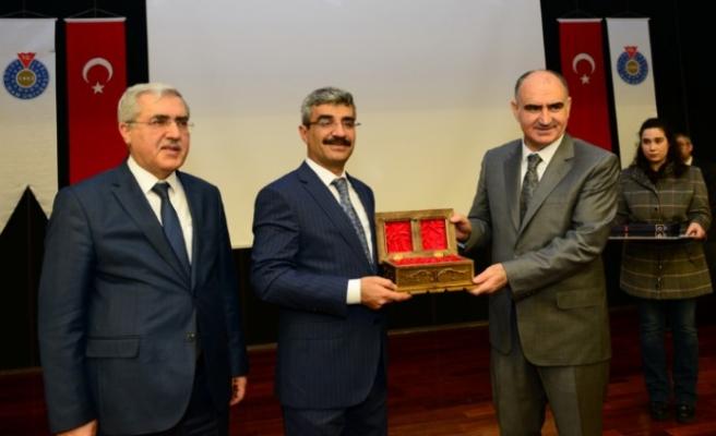SGK Başkanı Bağlı, KSÜ'de Konferans Verdi