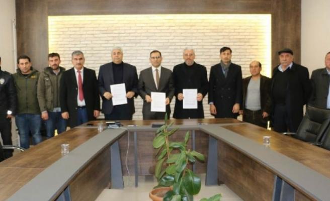 Belediye Başkan Adayları, Ekinözü'nde Centilmenlik Protokolü İmzaladı