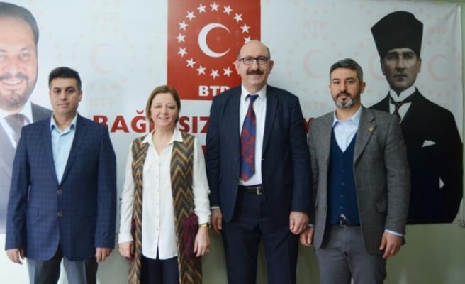 Dilek Erdoğanyılmaz: Milletimiz Kirli Siyasetten Usandı Hizmete Talibim