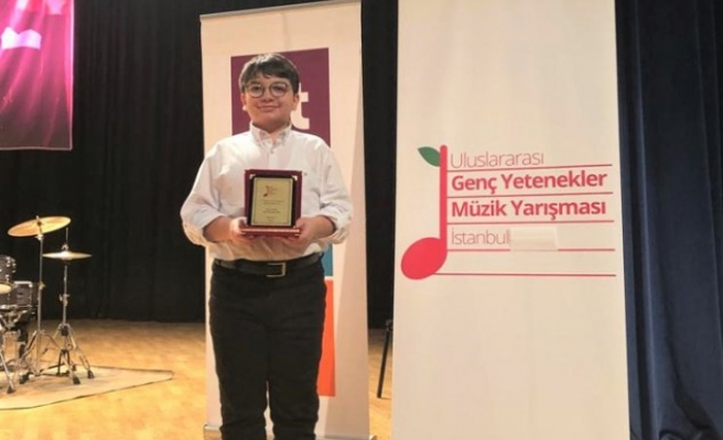 SANKO Okulları Öğrencisi Alper Gezer'in Müzik Başarısı