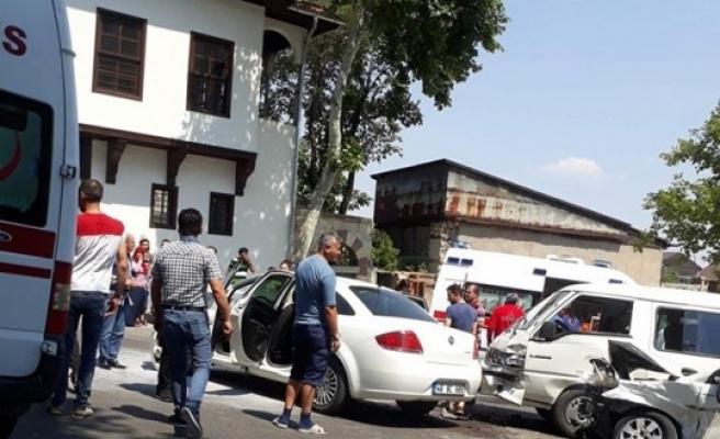 Kahramanmaraş'ta Zincirleme Kaza: 13 Yaralı