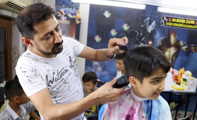 Kur'an-I Kerim Öğrenen Çocuklara Ücretsiz Tıraş