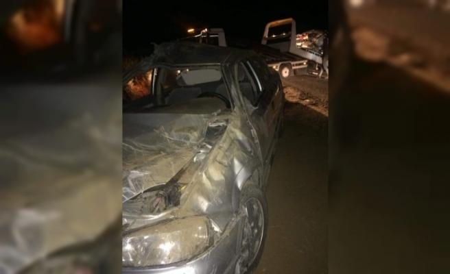 Otomobil Taşıyan Çekici Devrildi: 1 Ölü, 2 Yaralı