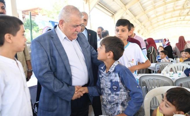 Piri Reis Mahallesi Başkan Mahçiçek'le Kucaklaştı
