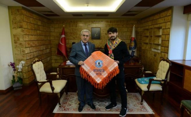 KSÜ Rektörü Can, Yörük Türkmen Beyi İle Görüştü