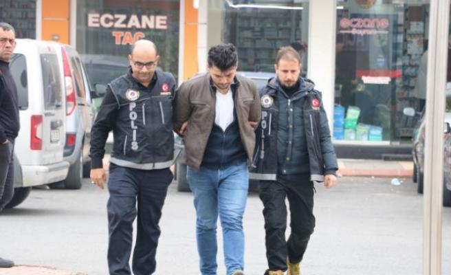 FETÖ'den İhraç Edilen Astsubay Uyuşturucu Satarken Yakalandı