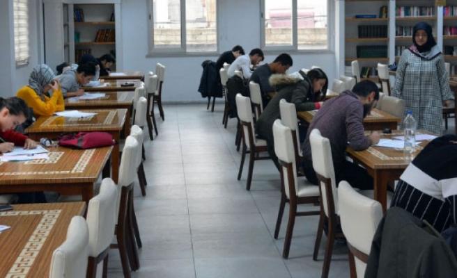 Büyükşehir Kütüphanelerinde Deneme Sınavı