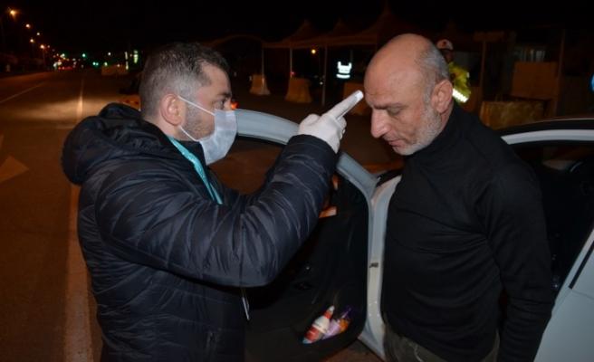 Kahramanmaraş'a Giriş Yapan Vatandaşlar Sağlık Kontrolünden Geçiriliyor